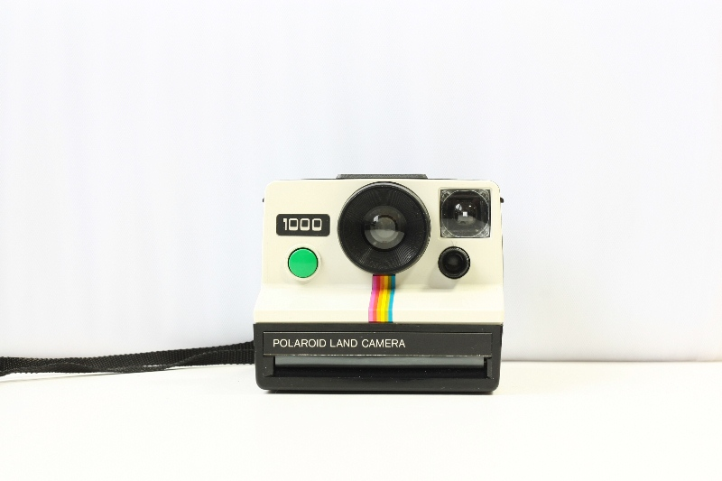 polaroid 1000 one step
